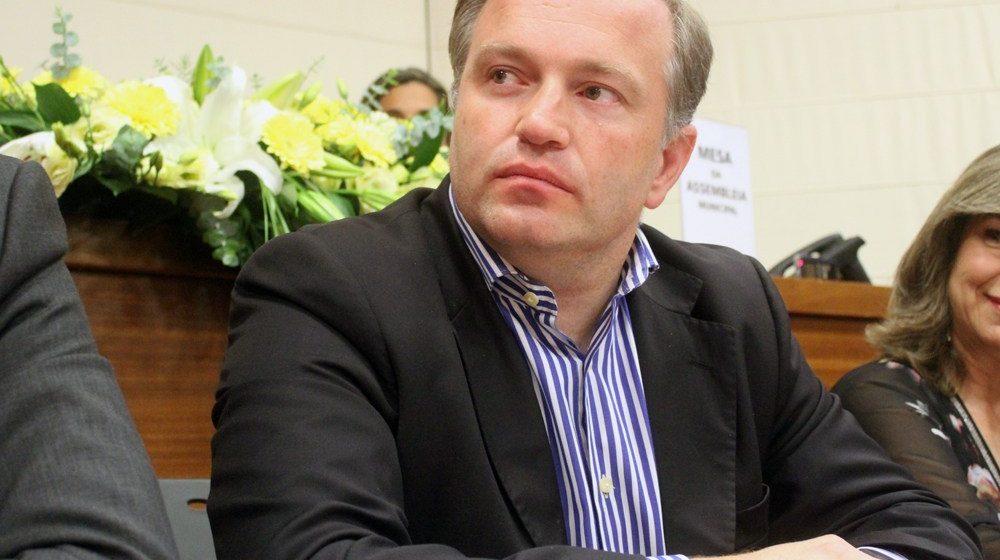 Covid-19: Presidente da Câmara de Almeirim infetado