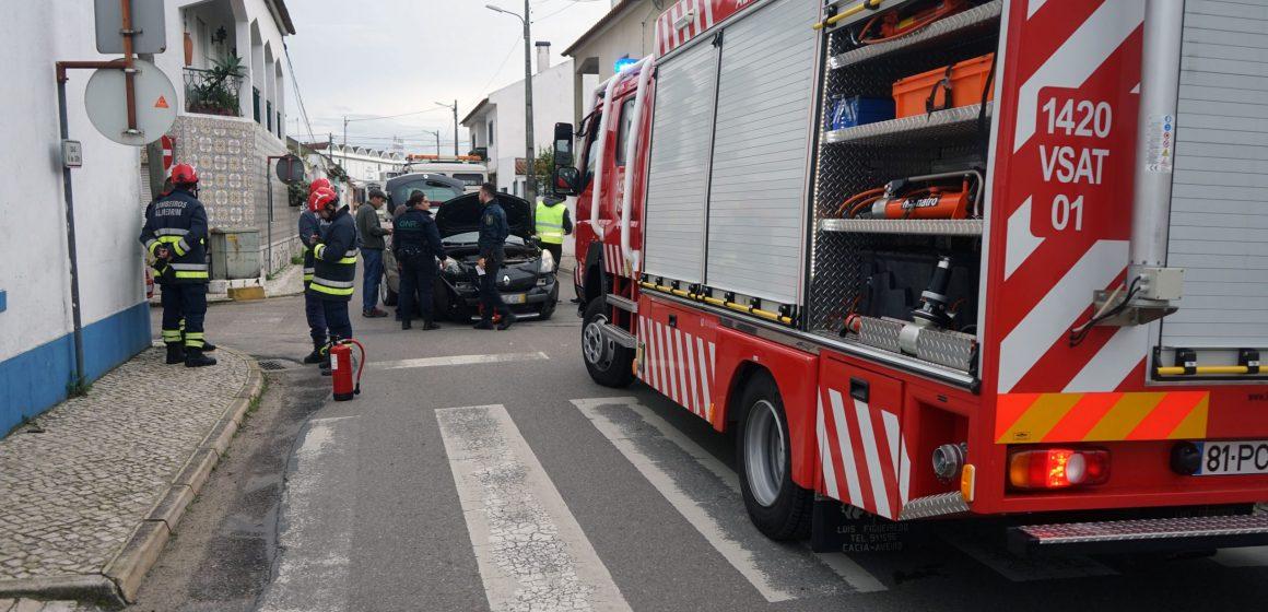 Mais um acidente da Rua Padre António Vieira em Almeirim