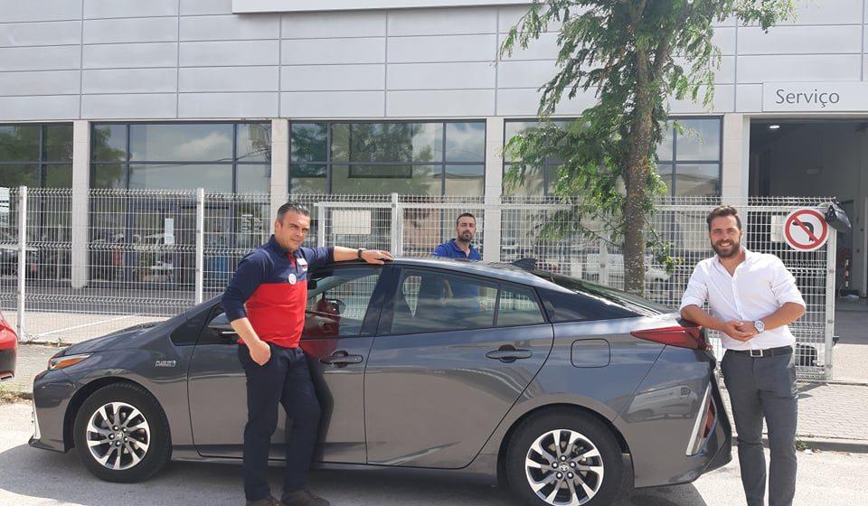 O Almeirinense ao volante de um Prius Plug-in Hybrid