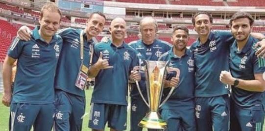 Luís Filipe Vieira vai ao Brasil buscar Jorge Jesus, Márcio Sampaio e companhia