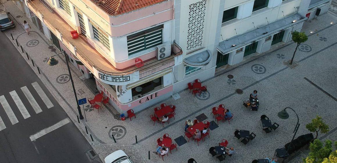 Histórico Café Império agora aberto ao domingo