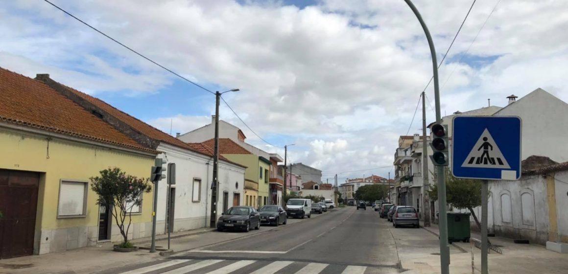 Stop: Semáforos instalados em Benfica
