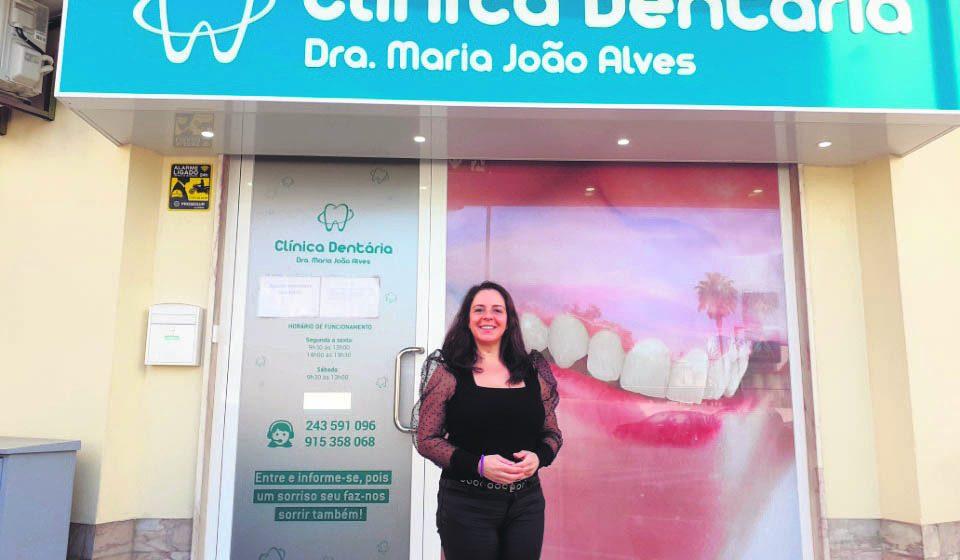 """Maria João Alves: """"O sorriso é o espelho da nossa alma"""""""