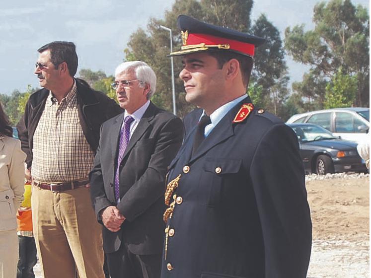 Jorge Costa deixa comando dos Bombeiros