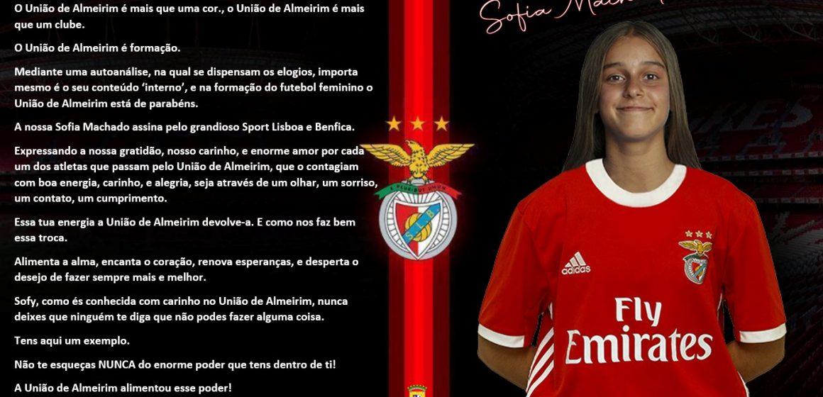 Jogadora do U. Almeirim transfere-se para Benfica