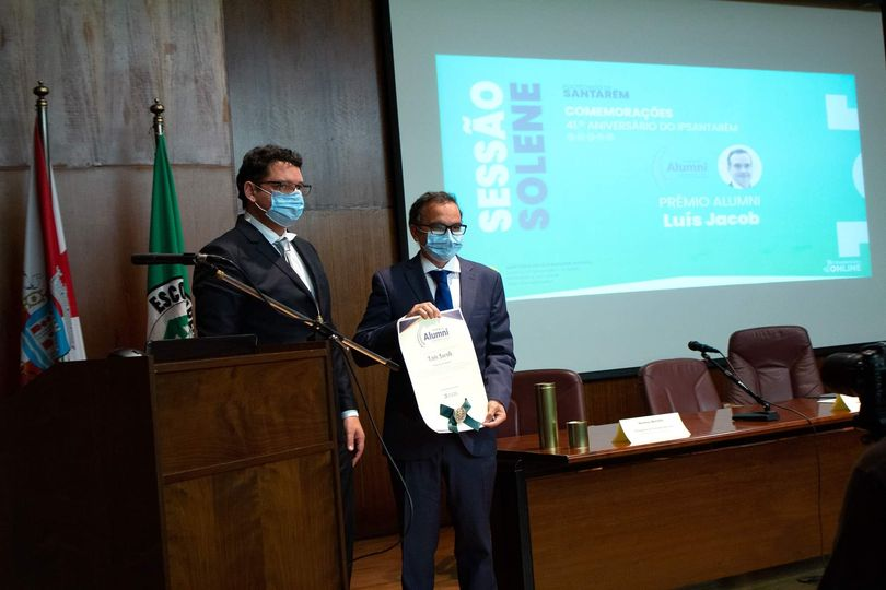 Luís Jacob recebe prémio Carreira do IPSantarém