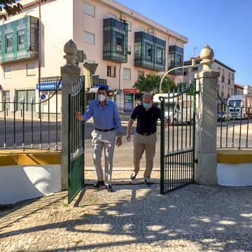 """""""Inaugurado"""" Jardim da República com desistência do pórtico"""