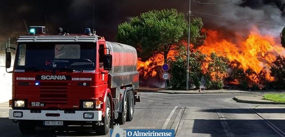 Incêndio no aterro da Raposa não afetou Ecolezíria
