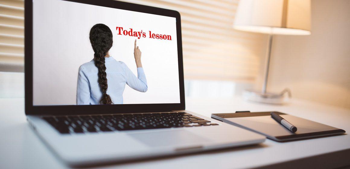 MovAlmeirim apresenta ações de formação de inglês