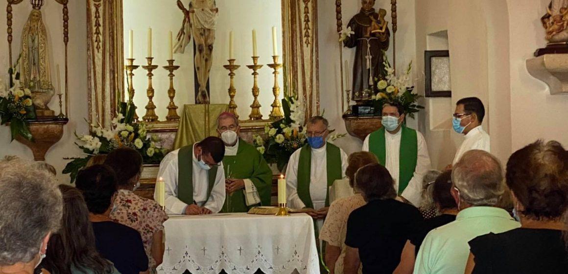 Padre Bruno Filipe toma posse em Fazendas e Raposa