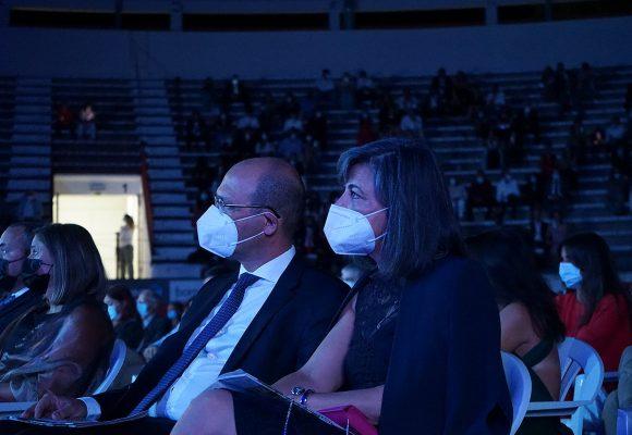 Paula Borrego participa em palestra dos Rotary